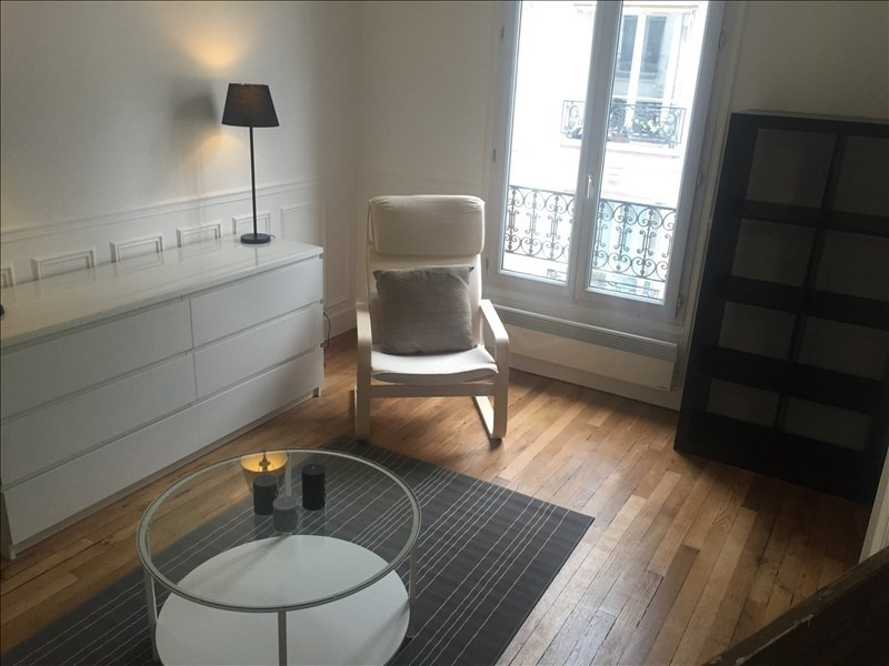 Rental apartment Paris 17ème 1 700€ CC - Picture 1