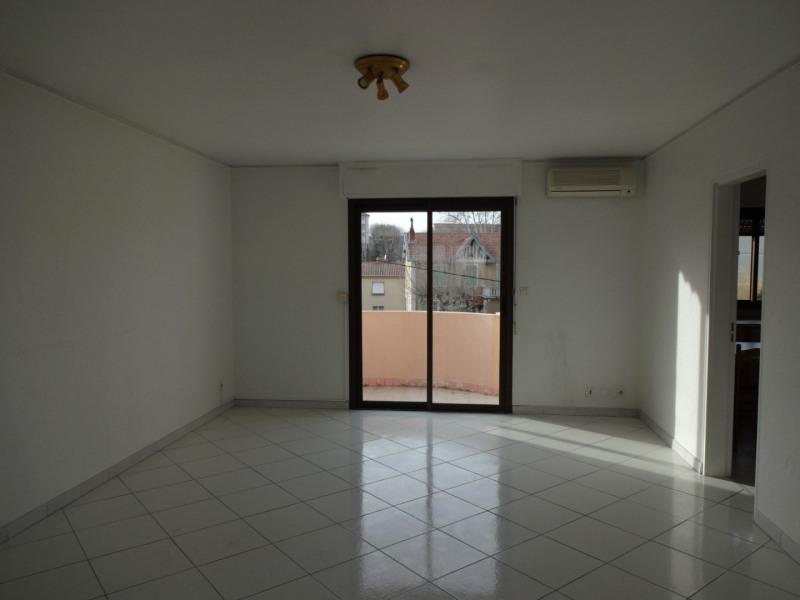 Rental apartment Carpentras 650€ CC - Picture 2
