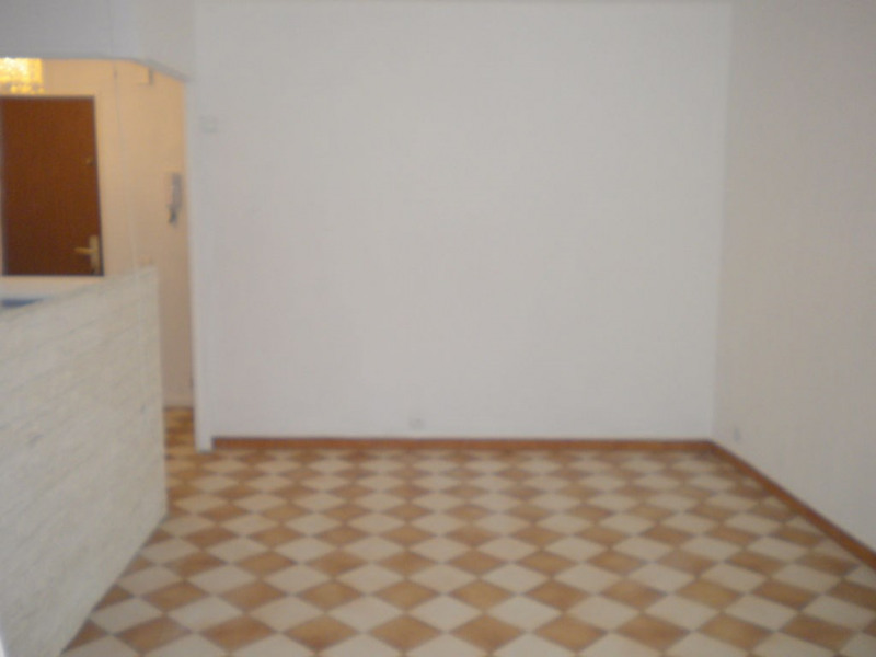 Sale apartment Nice 125 000€ - Picture 3