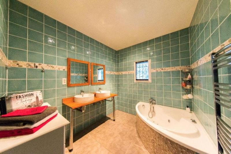 Vente maison / villa Roquebrune sur argens 676000€ - Photo 10