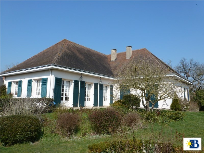 Vente maison / villa Dange st romain 212000€ - Photo 1