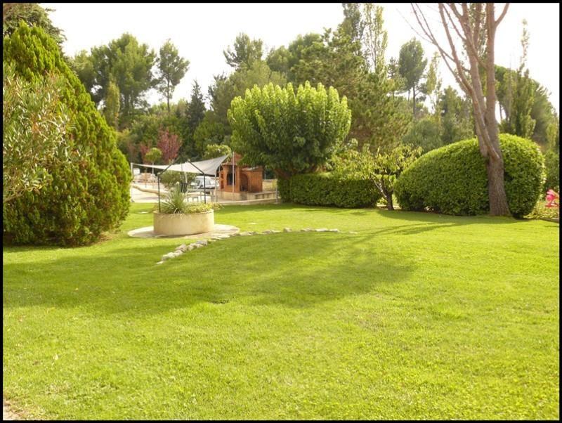 Location appartement Aix en provence 930€ CC - Photo 2