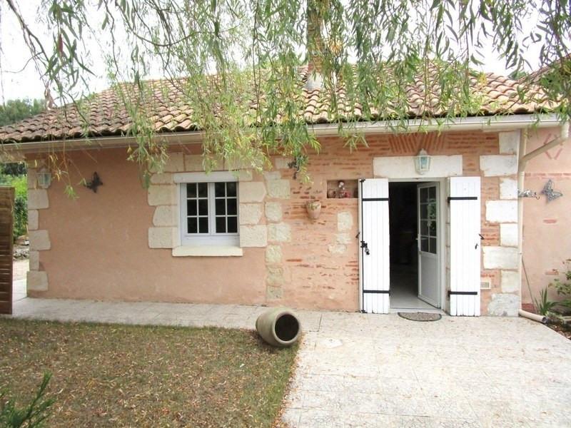 Sale house / villa Montpon menesterol 187000€ - Picture 2
