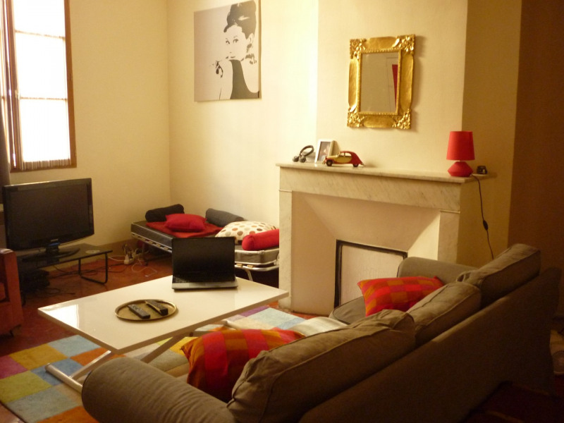 Rental apartment Aix en provence 745€ CC - Picture 1