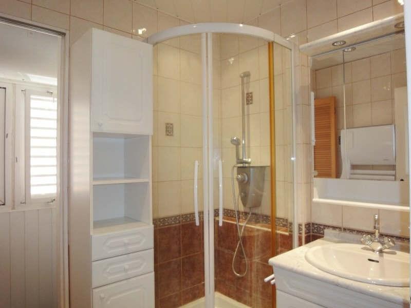 Location appartement Le mesnil le roi 1113€ CC - Photo 4