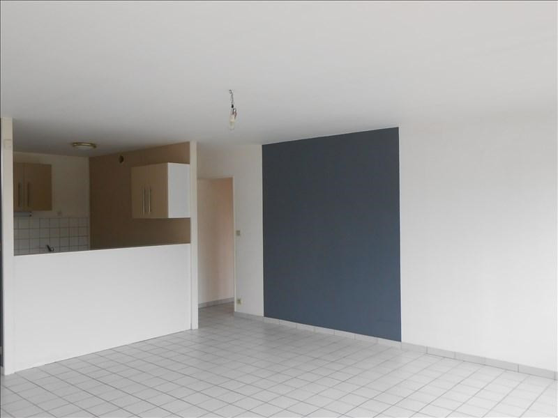 Rental apartment St quentin 727€ CC - Picture 5
