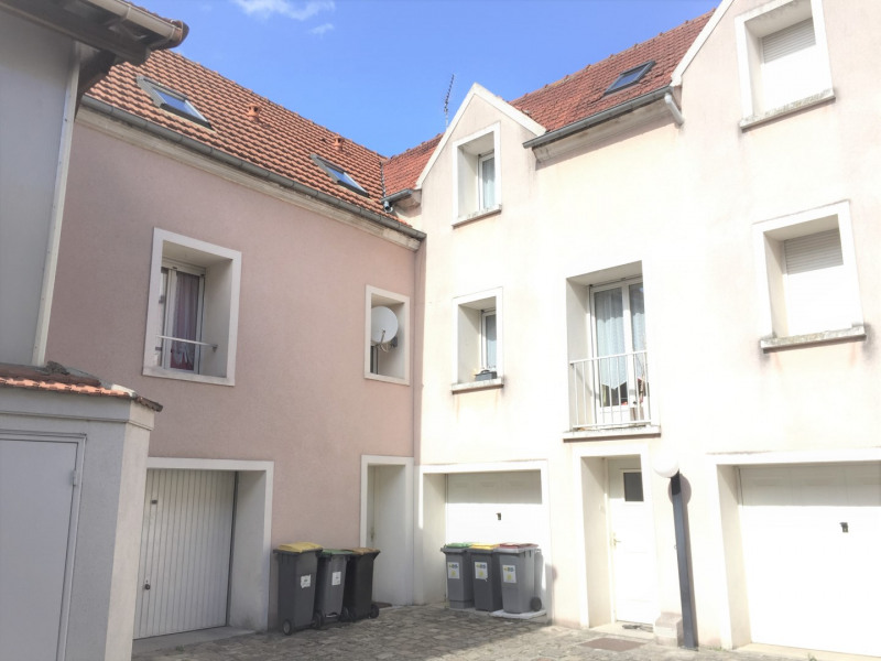 Rental apartment Pierrelaye 869€ CC - Picture 1