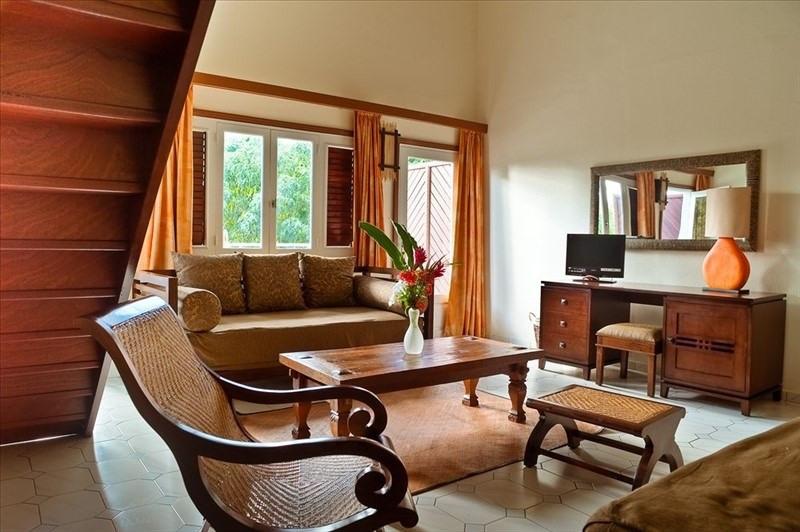 Deluxe sale apartment St francois 205000€ - Picture 1