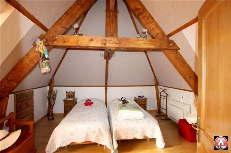 Sale house / villa St jean d eyraud 350000€ - Picture 6
