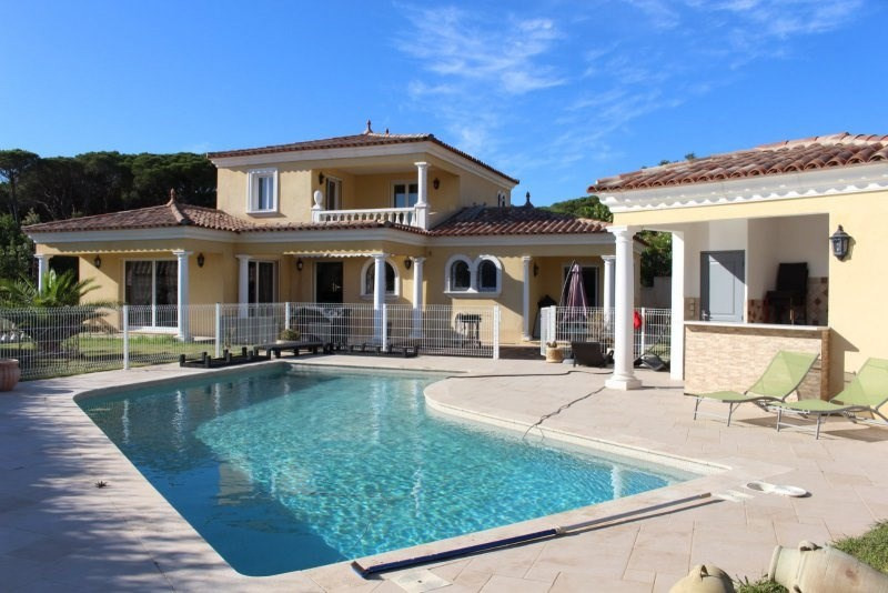 Deluxe sale house / villa Frejus 780000€ - Picture 1