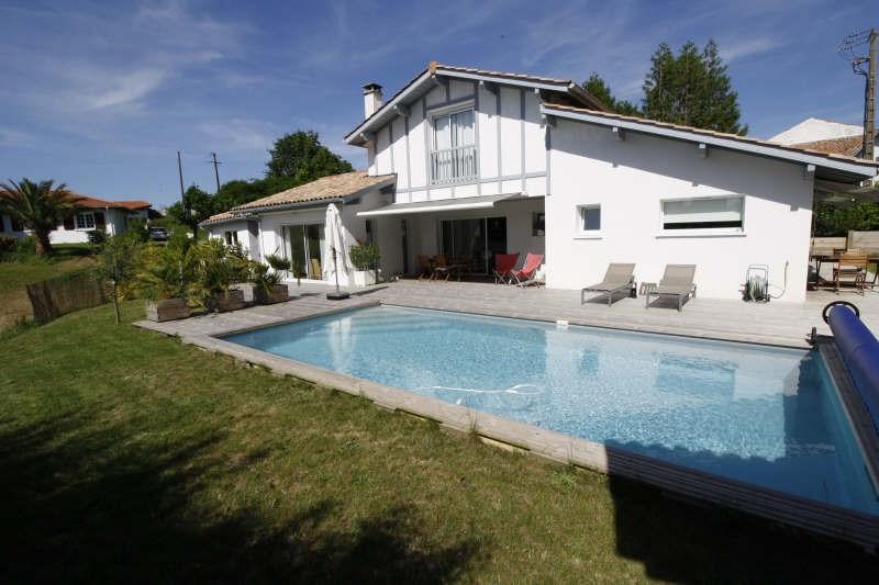 Deluxe sale house / villa Ahetze 695000€ - Picture 1