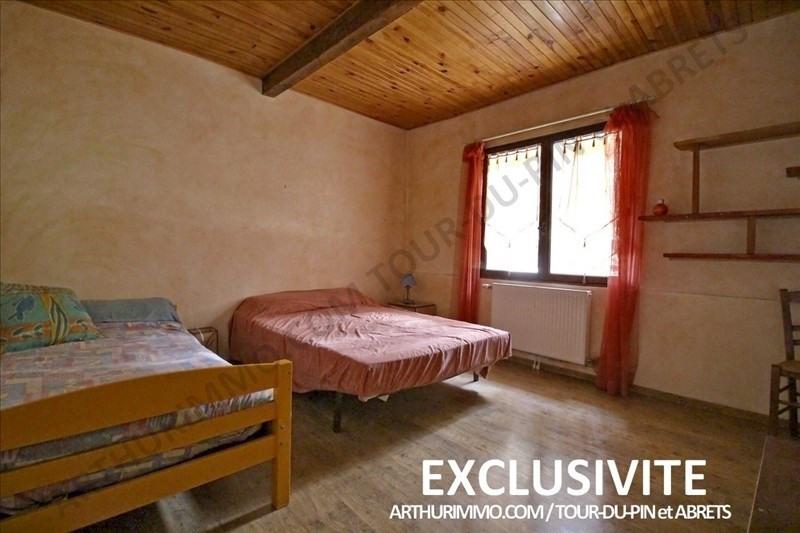 Sale house / villa Les abrets 225000€ - Picture 6