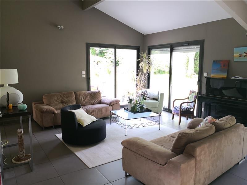 Deluxe sale house / villa Gradignan 1025000€ - Picture 2