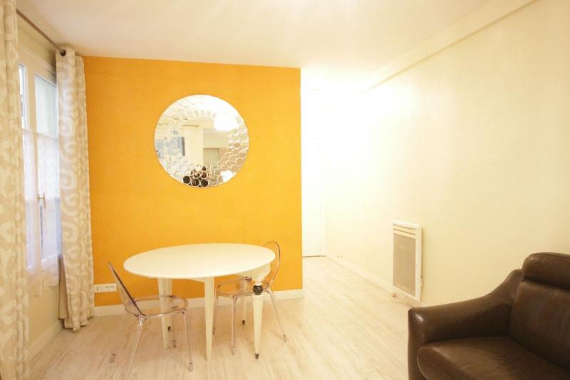 Rental apartment Paris 8ème 1506€ CC - Picture 2