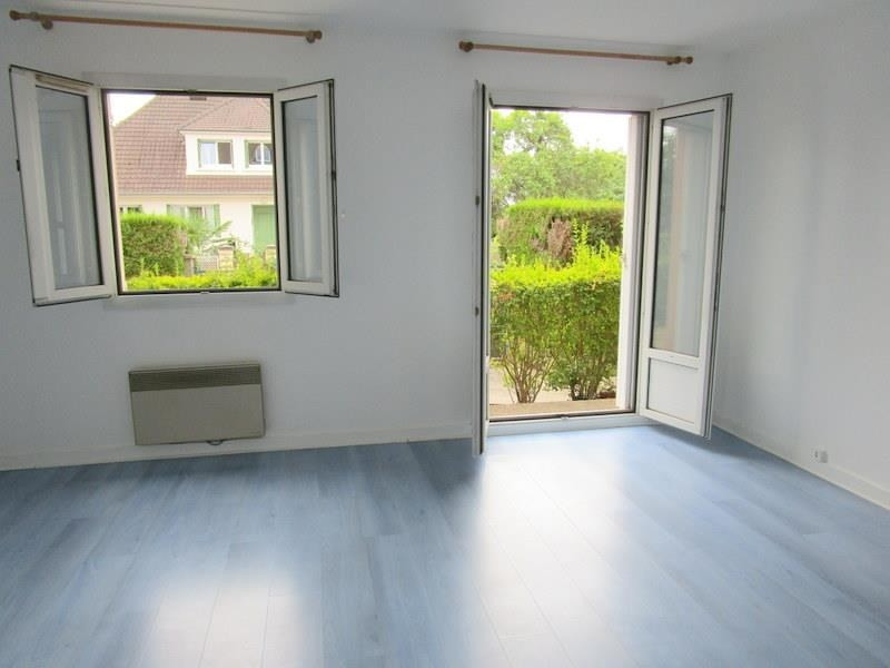 Location appartement Bailly 795€ CC - Photo 1