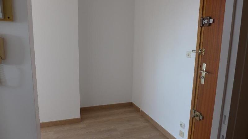 Rental apartment Venissieux 549€ CC - Picture 5