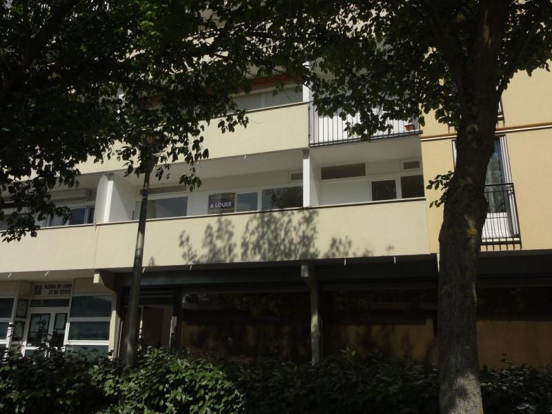 Rental apartment Le mee sur seine 615€ CC - Picture 9