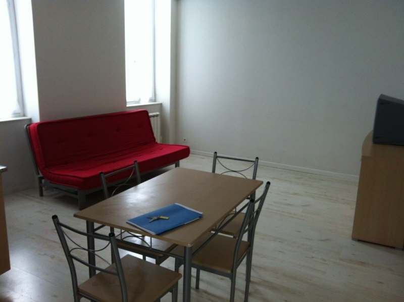 Rental apartment Nevers 440€ CC - Picture 2