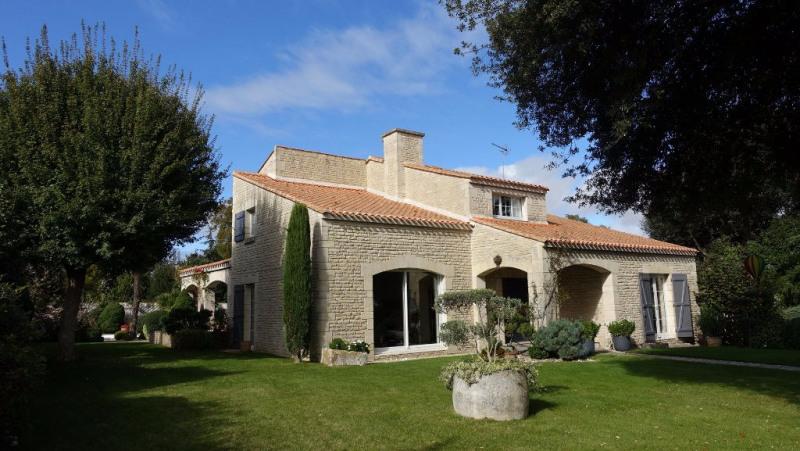 Deluxe sale house / villa Lagord 1470000€ - Picture 2