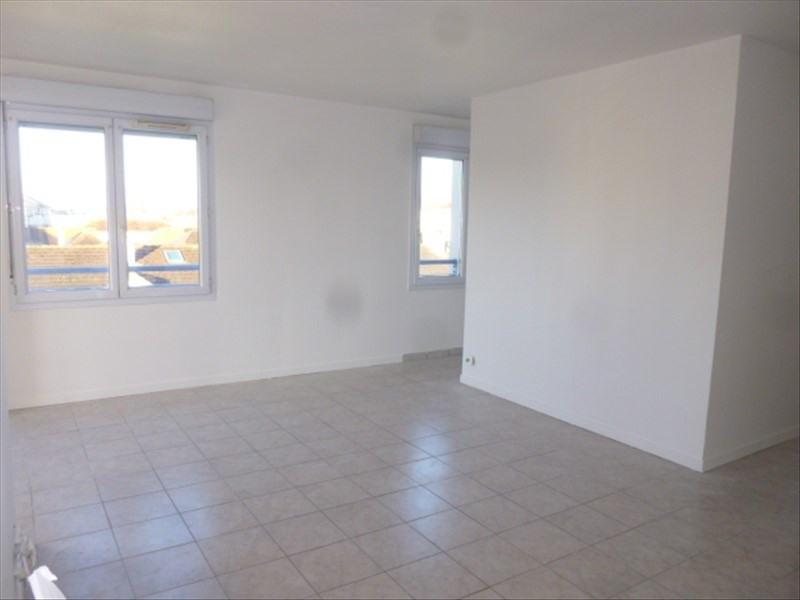 Rental apartment Moissy cramayel 730€ CC - Picture 2