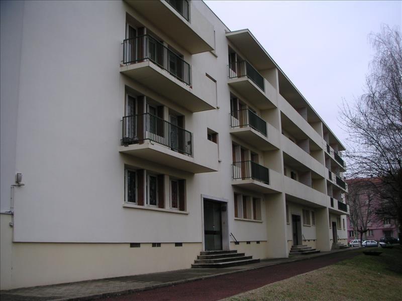location appartement 2 pi ce s roanne 70 8 m avec 1 chambre 565 euros dugourd et game. Black Bedroom Furniture Sets. Home Design Ideas