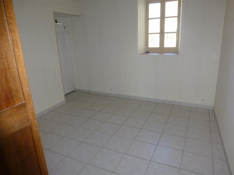 Rental house / villa Saint-jean-d'angély 350€ +CH - Picture 3