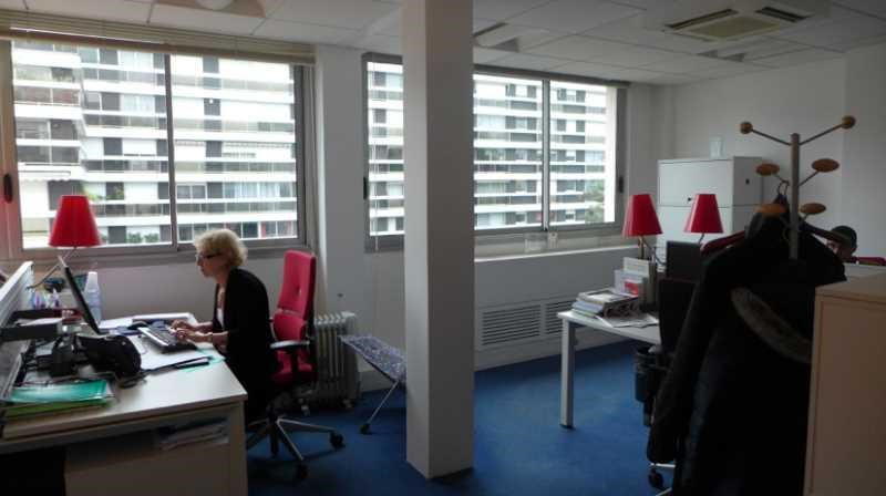 Location Bureau Paris 16ème 0