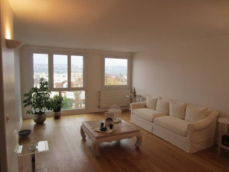 Sale apartment La varenne saint hilaire 397 500€ - Picture 1