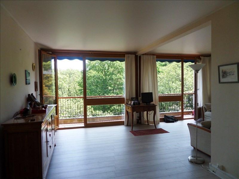 Sale apartment La celle st cloud 310000€ - Picture 1