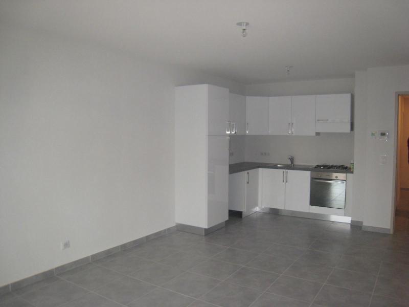 Location appartement Amancy 655€ CC - Photo 2