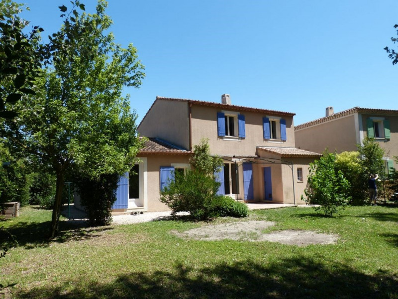 Rental house / villa Entraigues sur la sorgue 1195€ CC - Picture 1