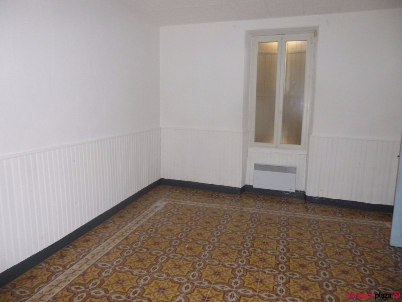 Rental apartment Entraigues sur la sorgue 410€ CC - Picture 7