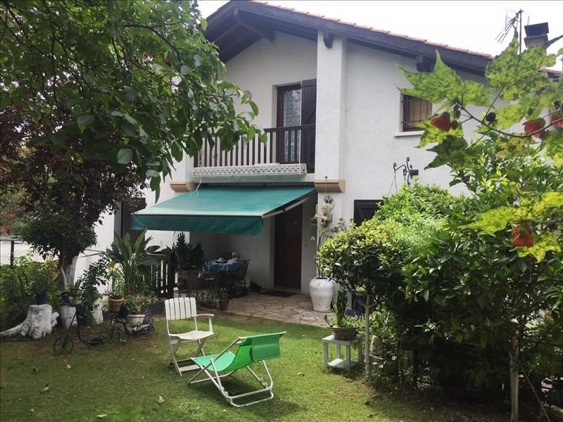 Sale house / villa Behobie 430 000€ - Picture 1