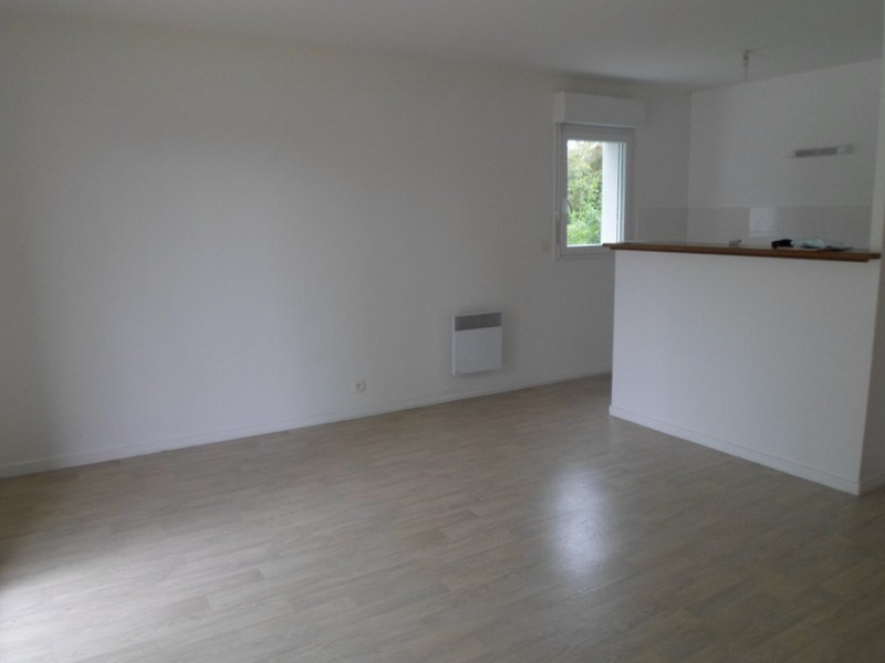 Location appartement Isigny sur mer 375€ CC - Photo 2