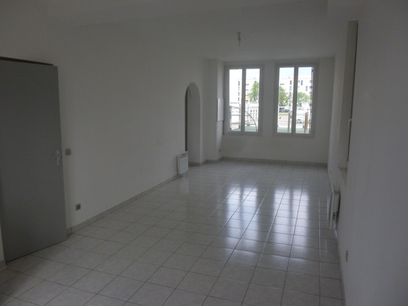 Rental apartment St martin d heres 400€ CC - Picture 2