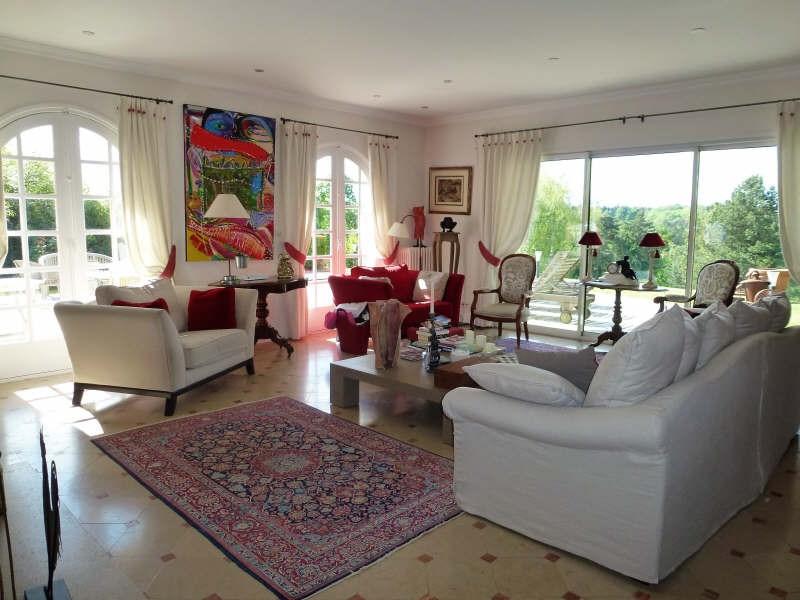 Deluxe sale house / villa St nom la breteche 1590000€ - Picture 2