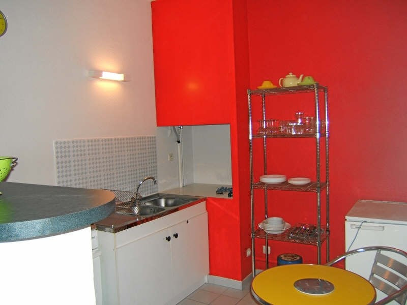 Rental apartment Nimes 415€ CC - Picture 2