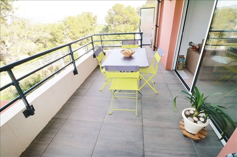 Sale apartment Nice 238500€ - Picture 2