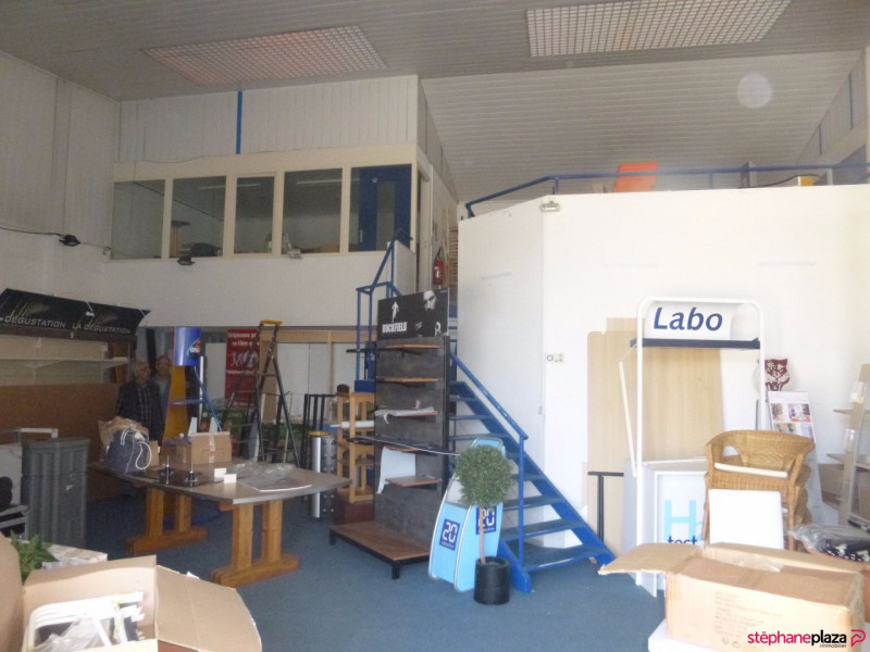 Location local commercial Loriol du comtat 3000€ HC - Photo 3