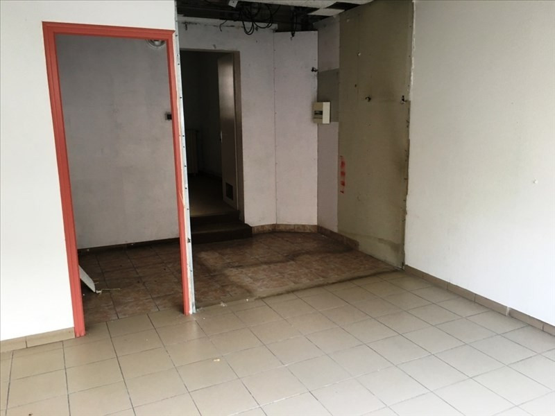 Location local commercial Fougeres 550€ HT/HC - Photo 2