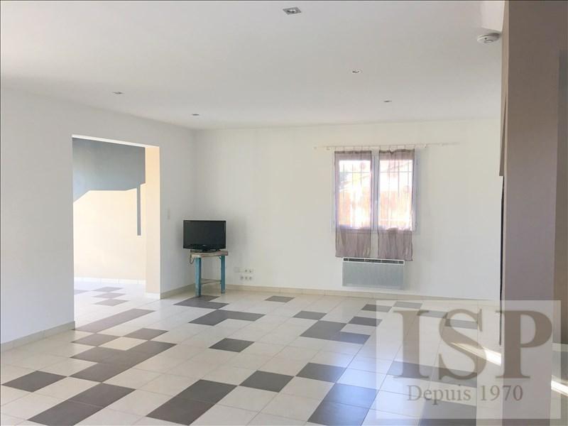 Rental house / villa Bouc bel air 2200€ +CH - Picture 5