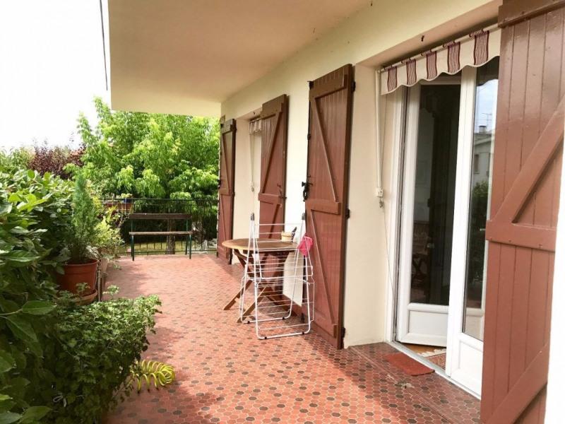 Sale house / villa Le passage 212000€ - Picture 3