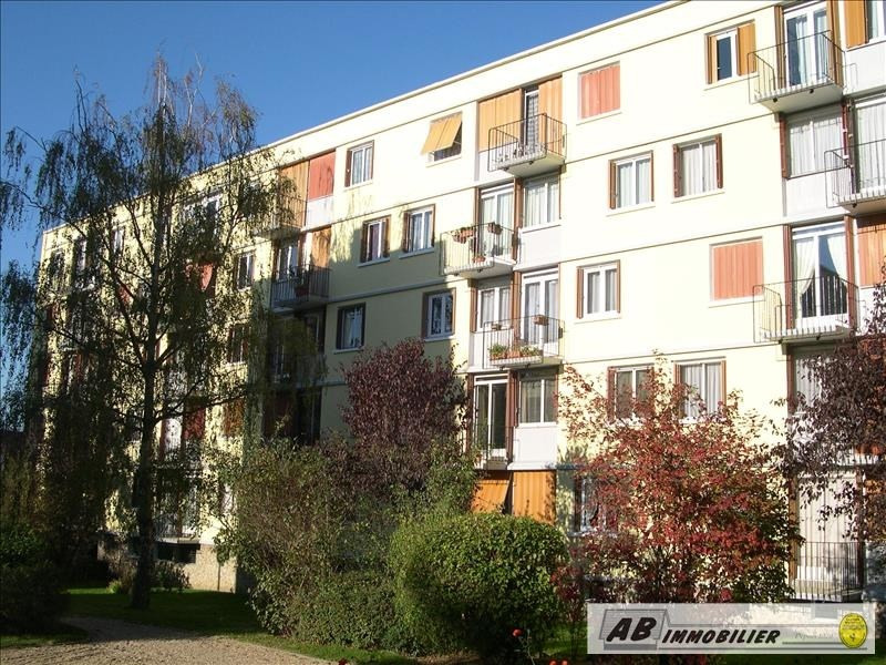 Sale apartment Poissy 157 000€ - Picture 1