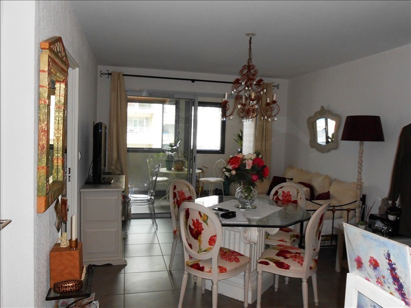 Sale apartment Le golfe juan 265 000€ - Picture 2
