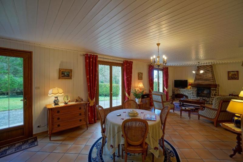 Vente maison / villa Les andelys 238000€ - Photo 2