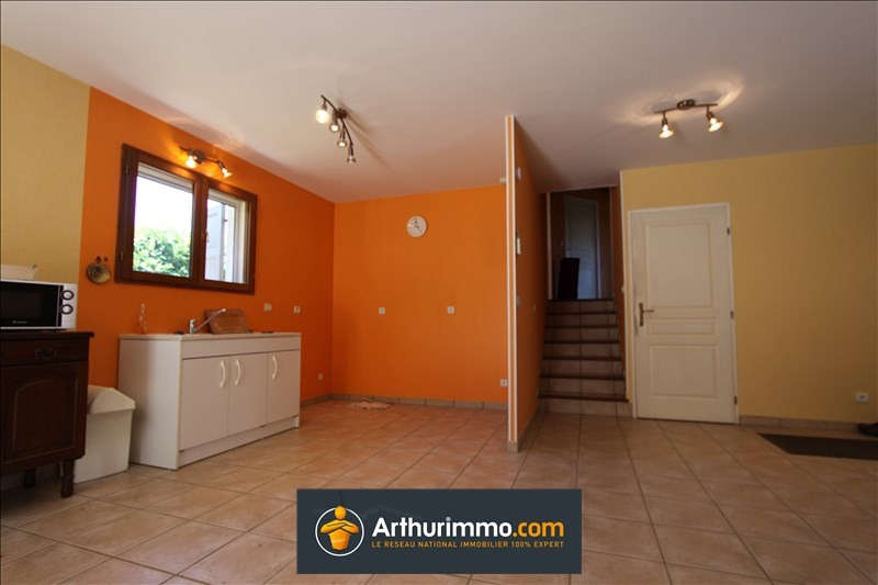 Vente maison / villa Morestel 215 000€ - Photo 3