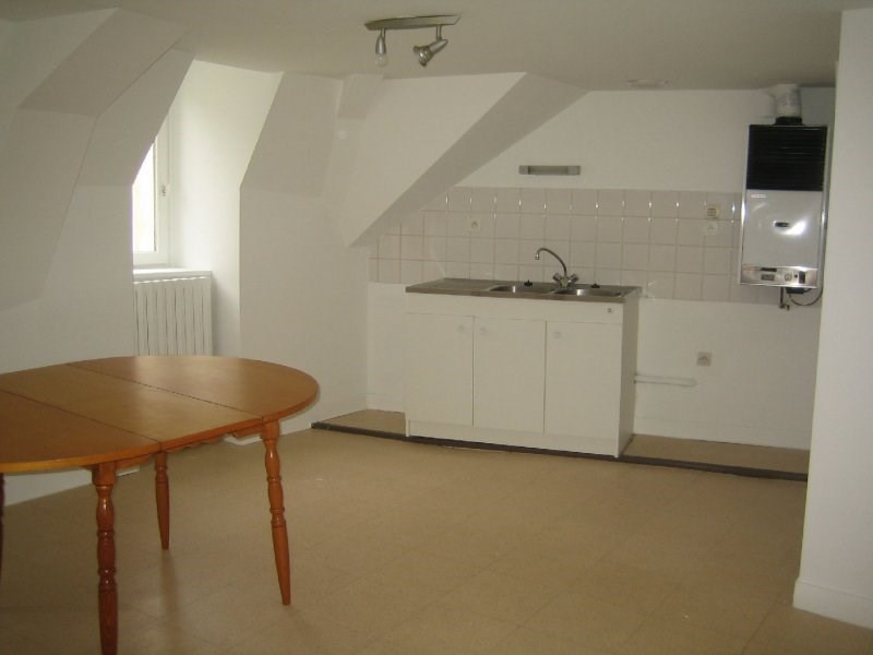 Rental apartment Vannes 380€ CC - Picture 2