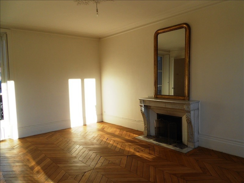 Rental apartment Versailles 3 050€ CC - Picture 3