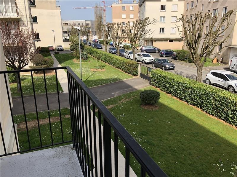 Sale apartment Combs la ville 125000€ - Picture 1