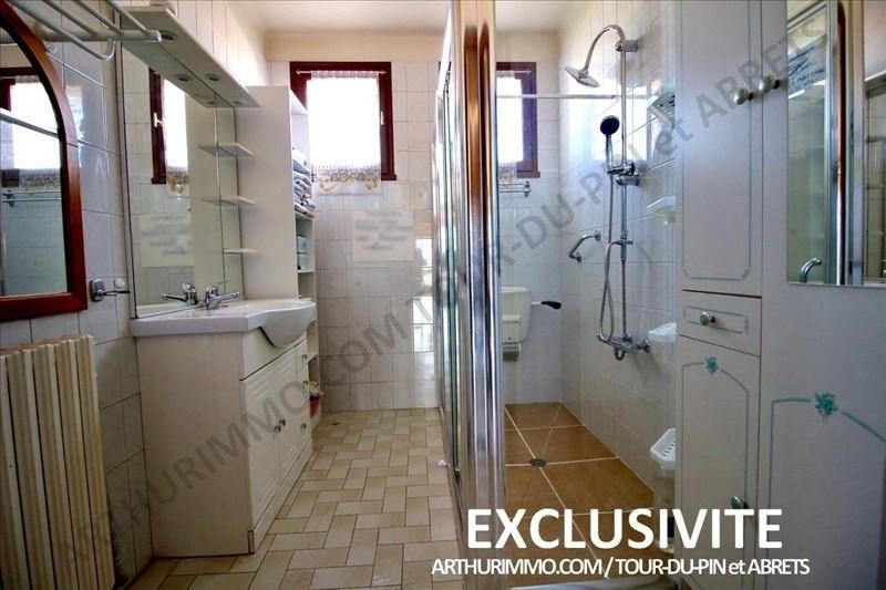 Sale house / villa Les abrets 169000€ - Picture 8